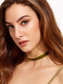 Green Velvet Slim Choker Necklace