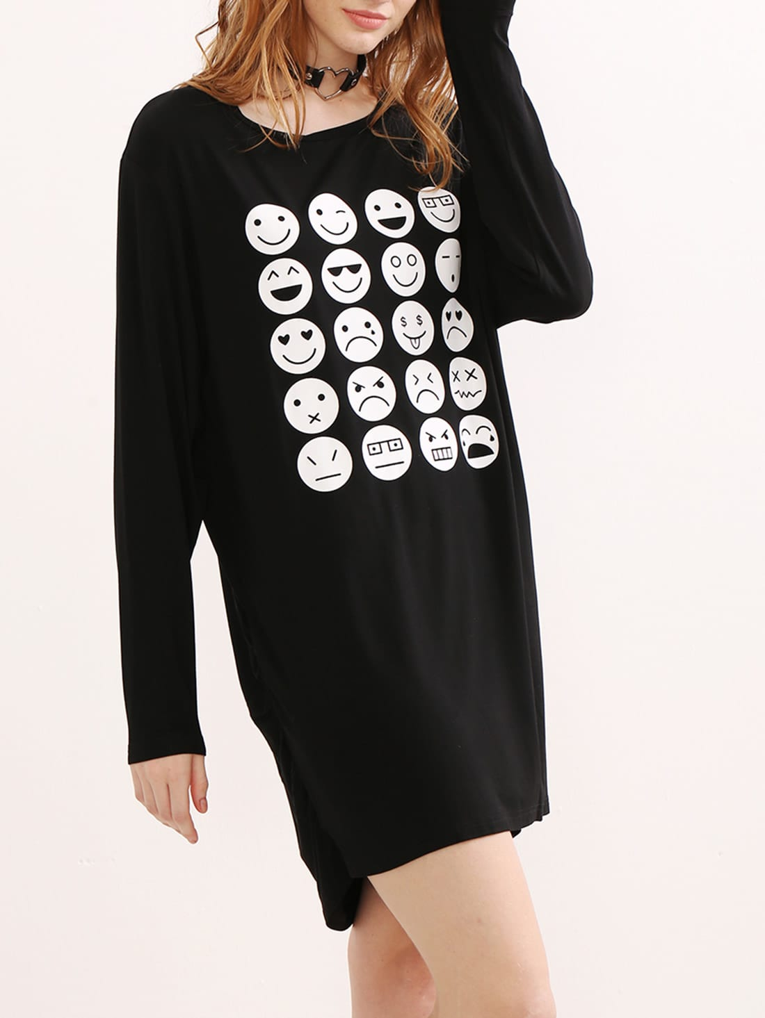 Фото Black Emoji Print Ruched Side Tee Dress. Купить с доставкой