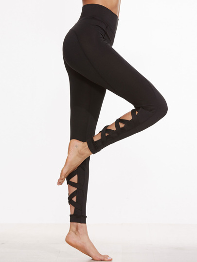 Crisscross Cutout Capri Leggings