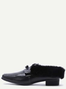 Zapatos en puntera cuadrada con piel sintética - negro