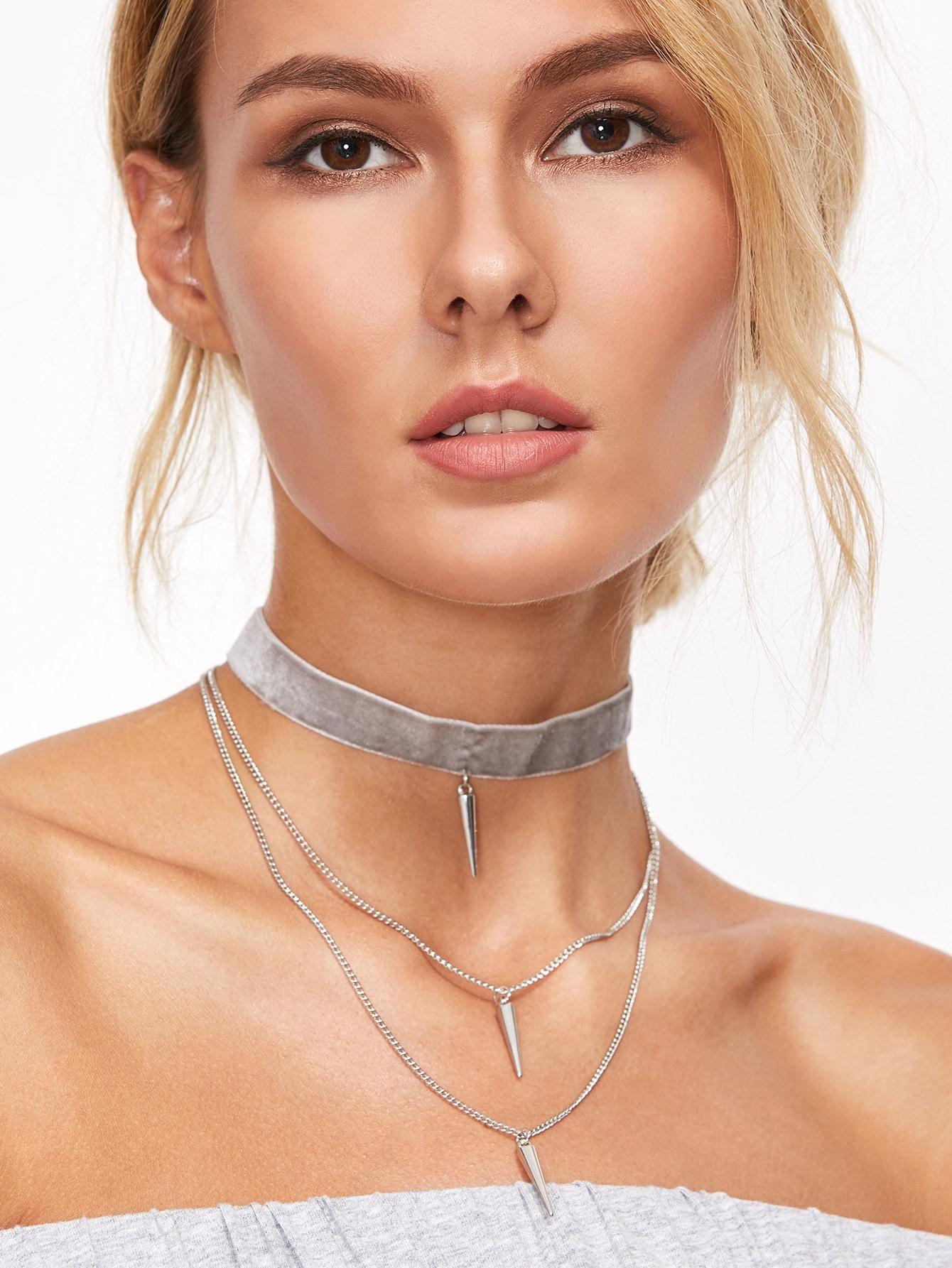 Light Grey Velvet Layered Spike Choker Necklace
