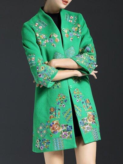 Зеленое пальто с вышивкой 98