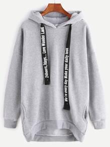 Sweat-shirt à capuche à l'épaule laissé avec dentelles à la base et poches -gris