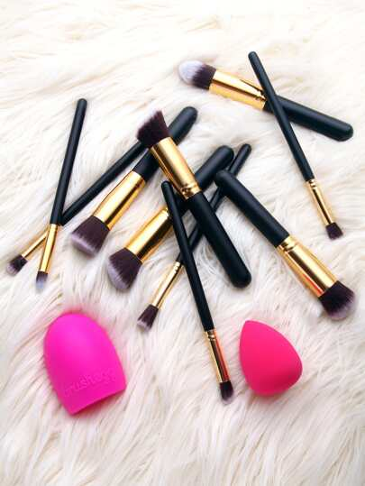 Black Cosmetic Makeup Brush Set With Blending Sponges