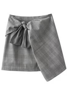 Jupe en écossais avec zip et cravate -gris
