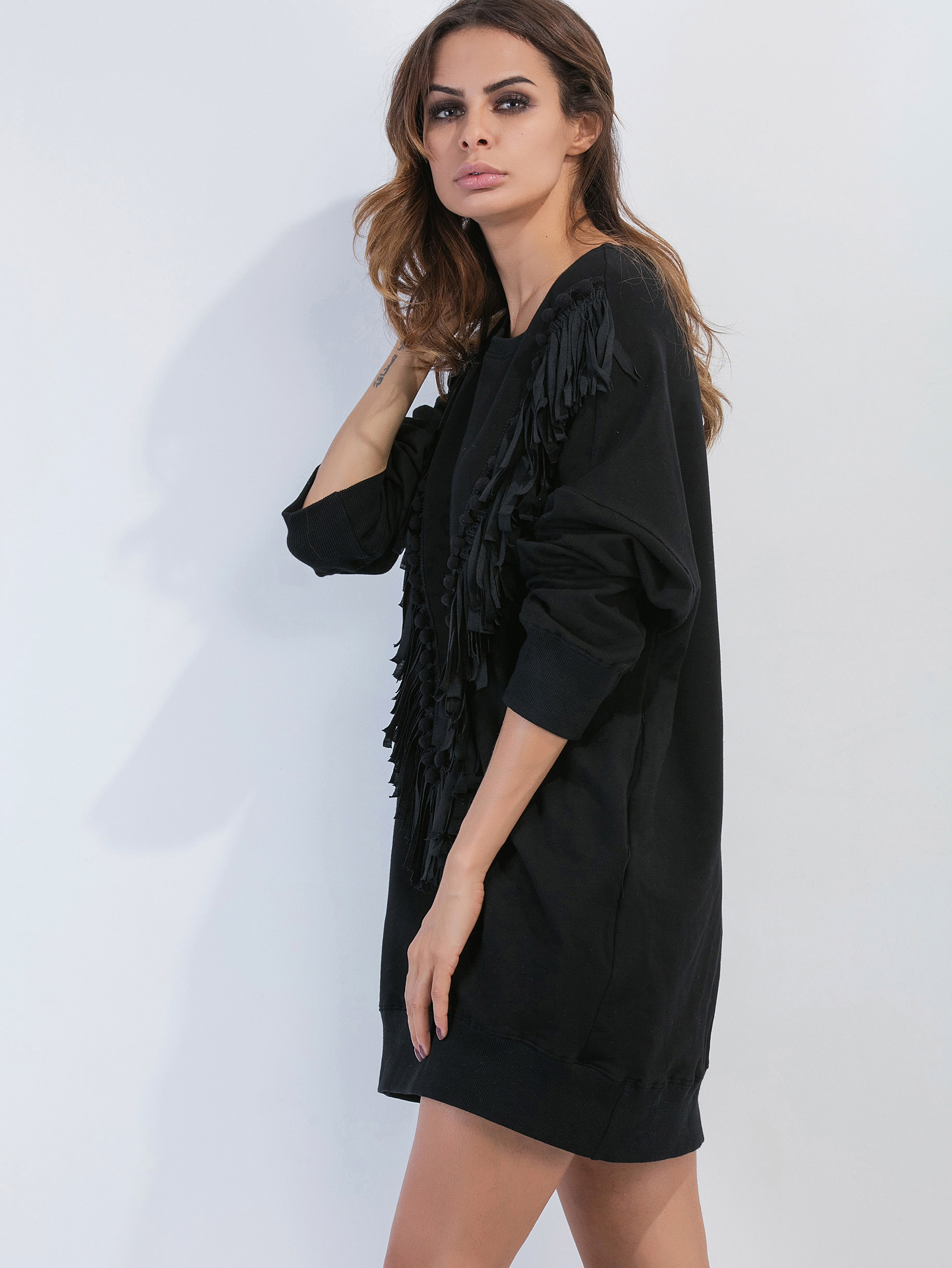 robe sweat shirt avec frange noir french shein sheinside. Black Bedroom Furniture Sets. Home Design Ideas