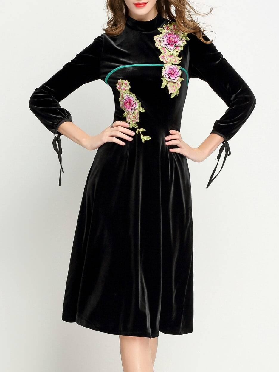 Фото Black Collar Velvet Applique Pouf Dress. Купить с доставкой