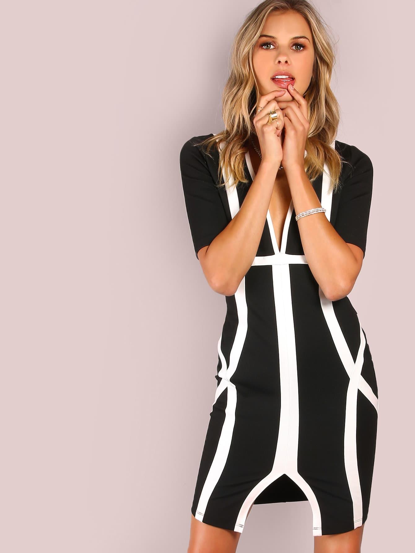 Фото Deep V Geo Lined Bodycon Dress BLACK. Купить с доставкой
