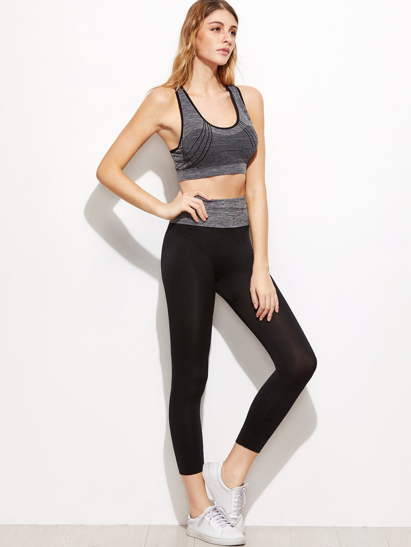 Grey Criss Cross Back Sport Tank Top With  LeggingsGrey Criss Cross Back Sport Tank Top With  Leggings<br><br>color: Grey<br>size: one-size
