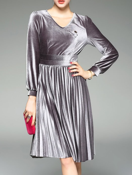 Фото Grey V Neck Velvet Pleated A-Line Dress. Купить с доставкой