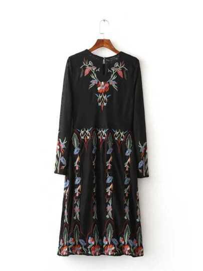 Black Floral Embroidered Vintage T-shirt Dress