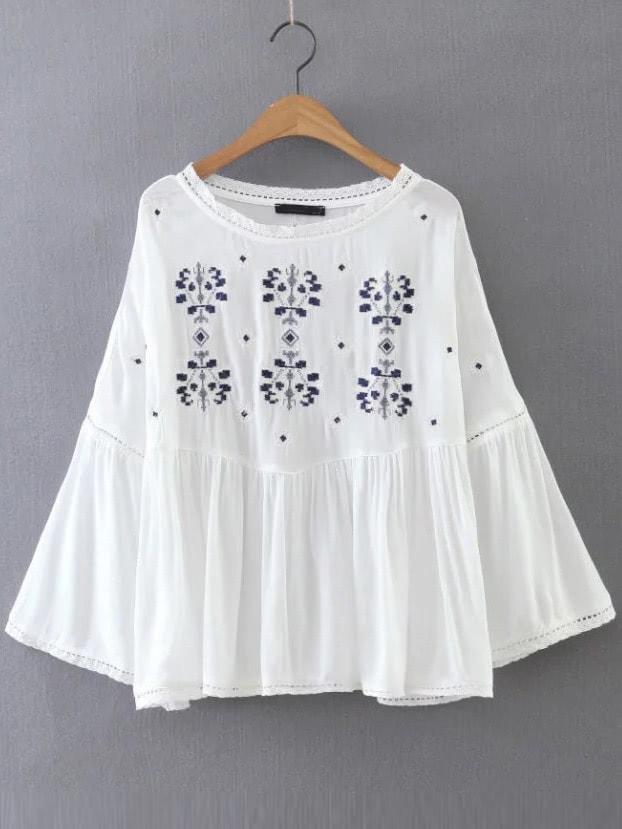 Фото Flower Embroidery Bell Sleeve Blouse. Купить с доставкой