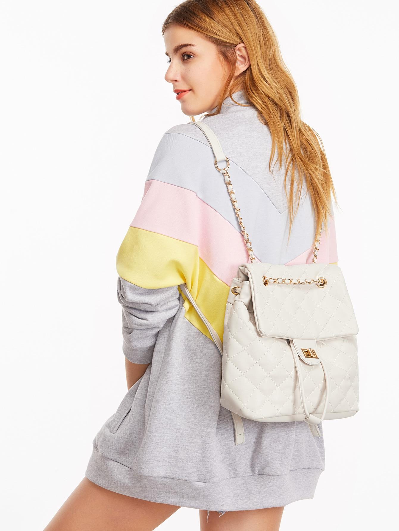Фото White PU Quilted Flap Drawstring Backpack. Купить с доставкой