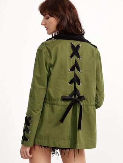Chaqueta con cordón en espalda - verde oliva