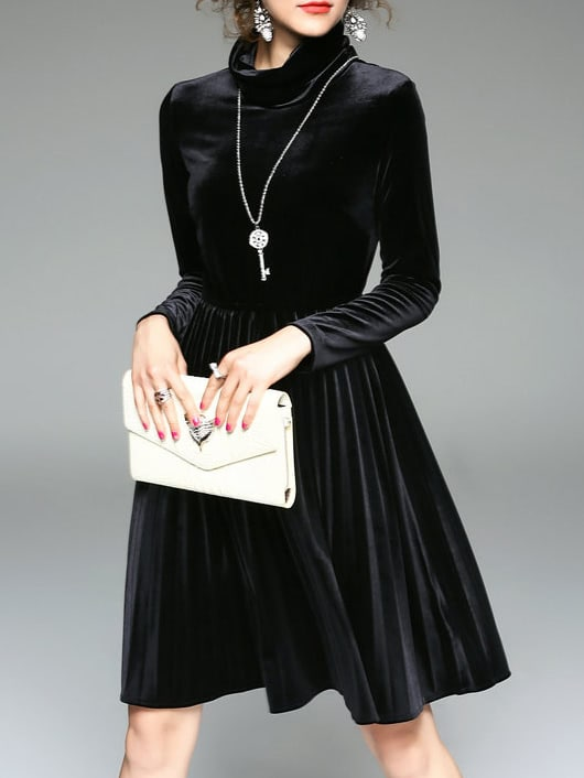 Фото Black Collar Pleated Velvet Dress. Купить с доставкой
