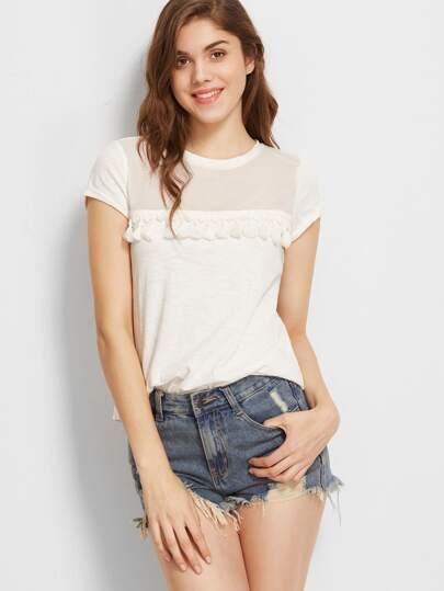 Camiseta con hombro de malla y flecos - beis fotos