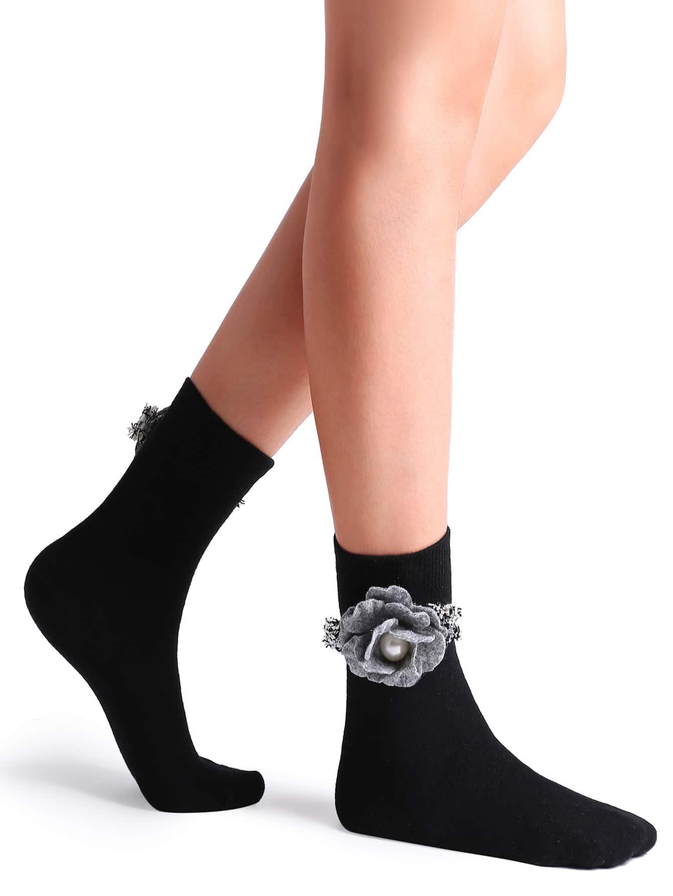 Фото Black Camellia Embellished Plain Crew Sock. Купить с доставкой