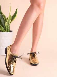 Chaussures oxford embout en cuir verni -doré