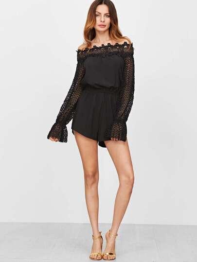 Чёрный модный комбинезон с открыытми плечами с эластичной талией