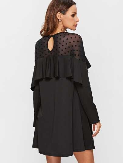 Ворот на платье с воланами