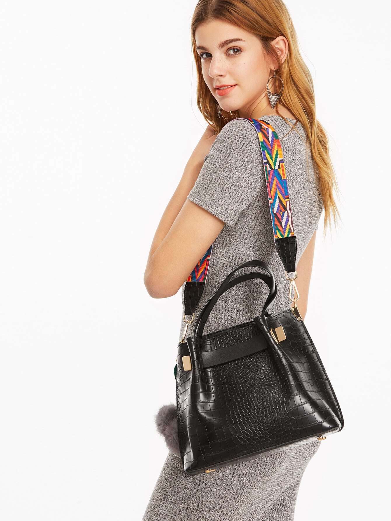 Фото Black Pom Pom Embossed PU Handbag With Multicolour Strap. Купить с доставкой