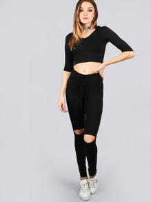Sudadera corta escote V con capucha y pantalones con abertura en rodilla - negro