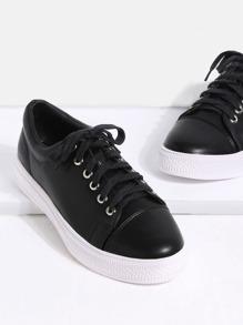 Zapatillas de deporte de puntera redonda con cordón - negro