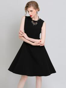 Black Sleeveless Zipper Back A Line Dress
