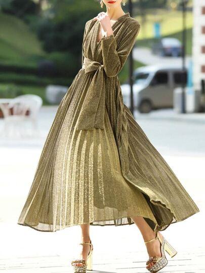 Vestido línea A plisado escote V - dorado