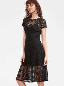 robe de style creux avec superposition de dentelle 2 en 1 - noir