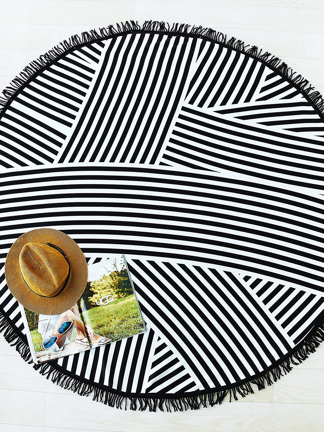 Фото Striped Print Fringe Detail Round Beach Blanket. Купить с доставкой
