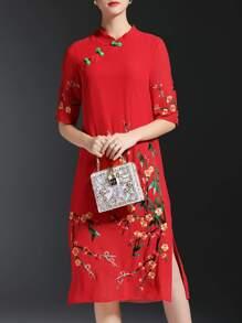 Vestido recto bordado de flores con abertura-rojo