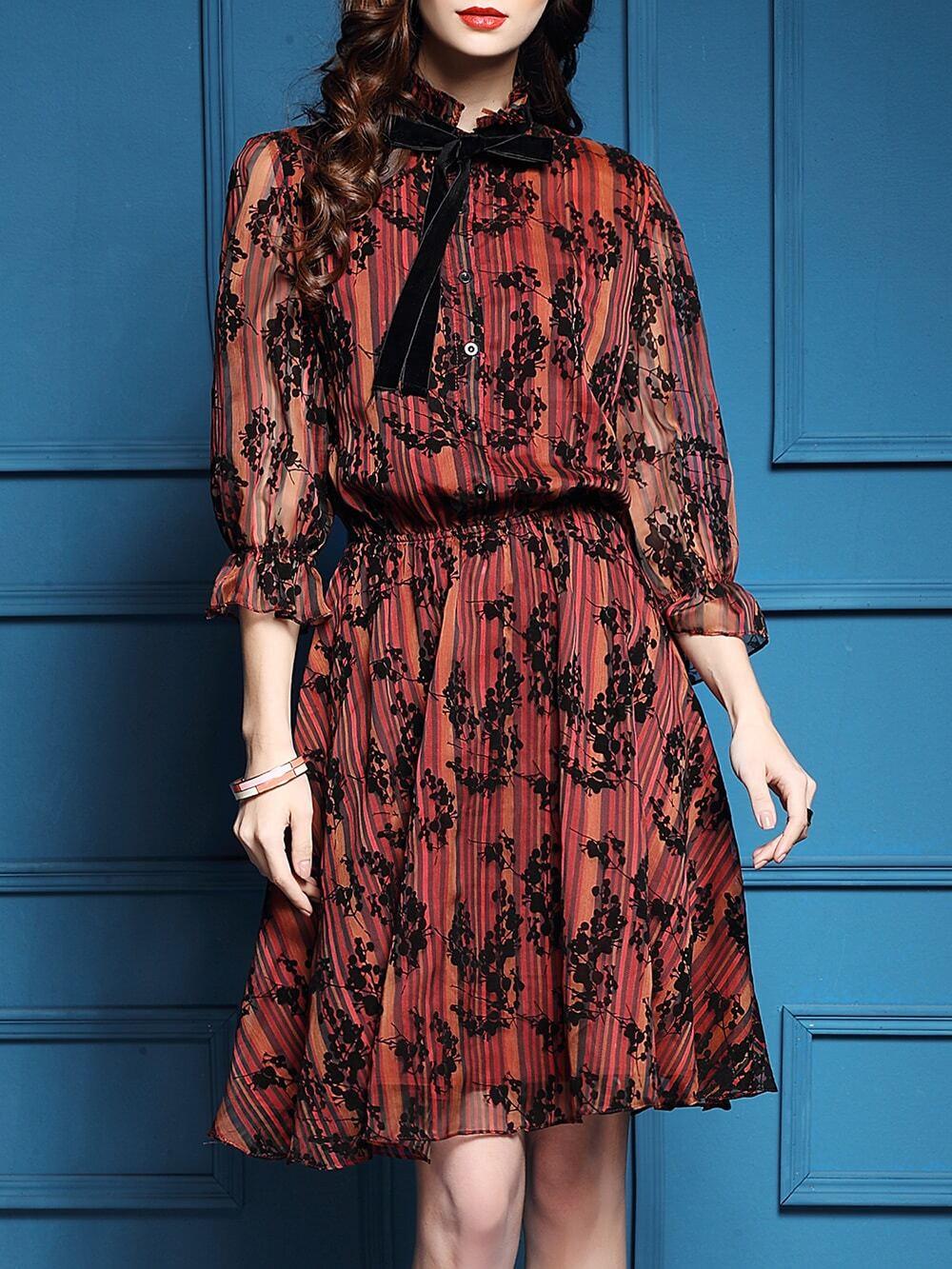 Фото Red Bowtie Elastic-Waist Floral Dress. Купить с доставкой