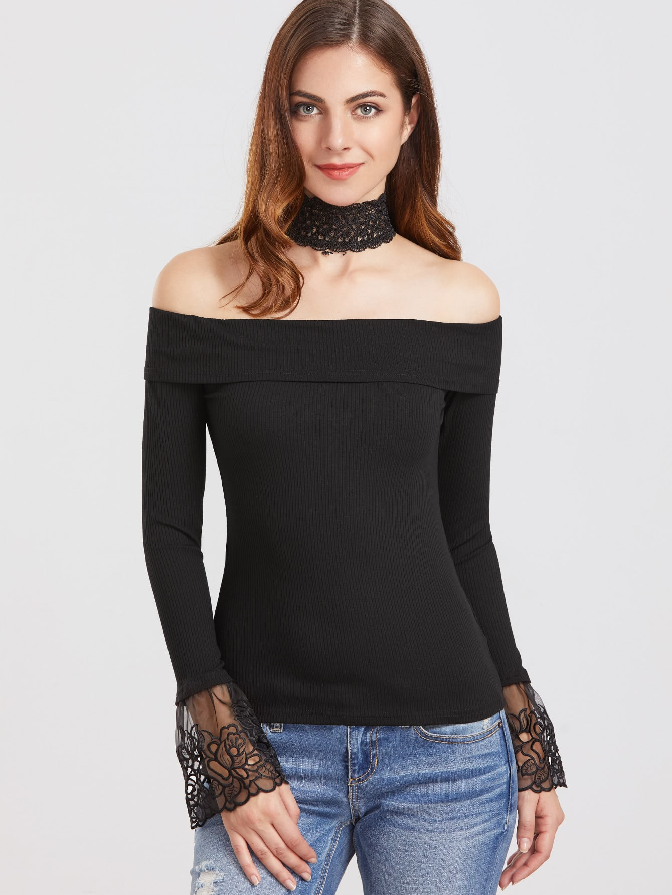 Фото Black Choker Neck Embroidered Mesh Cuff T-Shirt. Купить с доставкой