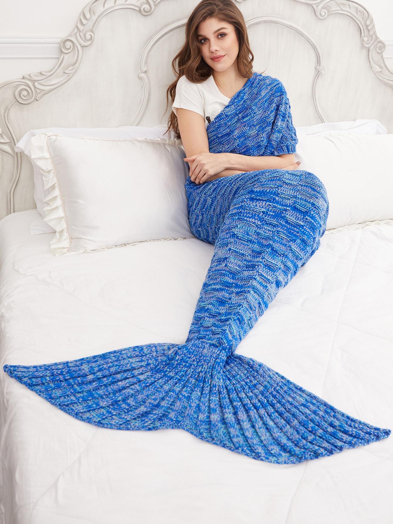 la queue de sir ne couverture de tricot bleu french. Black Bedroom Furniture Sets. Home Design Ideas