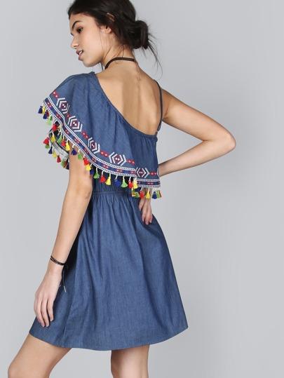 Платье на одно плече с бахромой