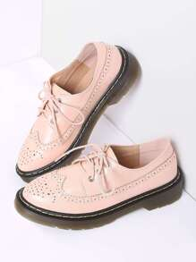 Chaussures plates en dentelle rose