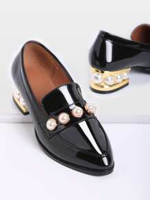 Black Pearl Détail Chunky Heeled mocassins en cuir verni