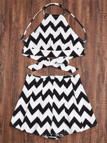 Top con estampado de chevron cruzado con shorts - negro blanco