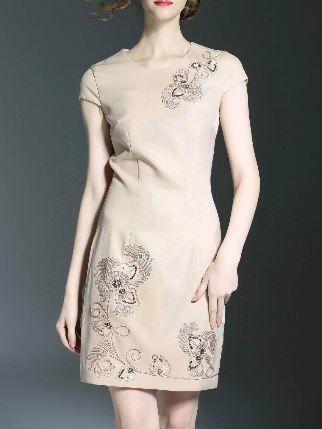 Фасоны платьев с вышивкой