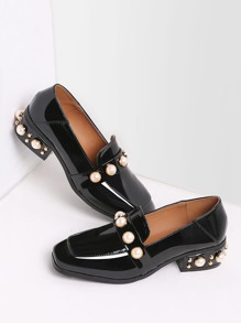 black pearl constellé de mocassins de cuir faible talon