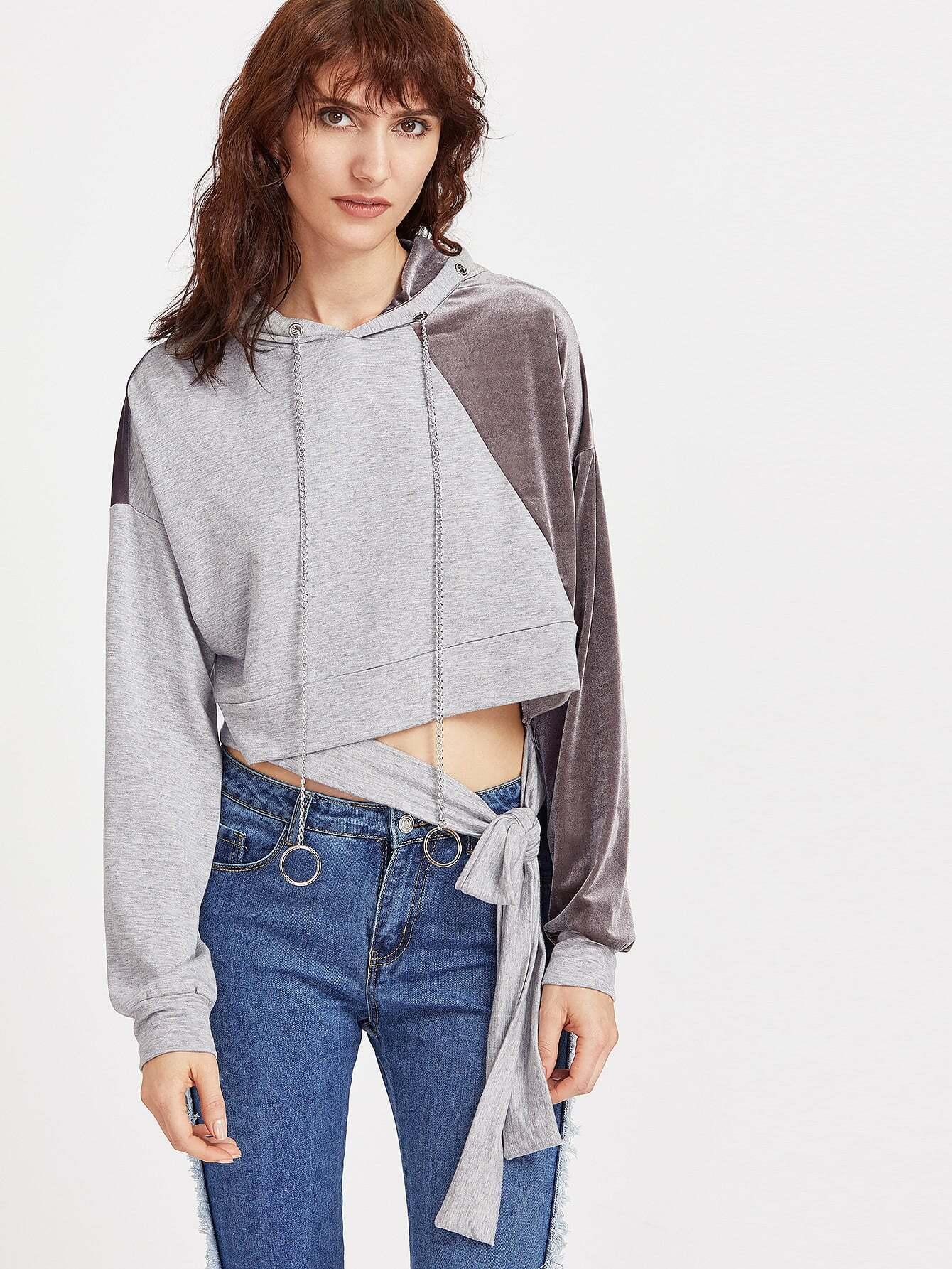 Фото Contrast Mixed Media Chain Drawstring Hoodie With Belt Detail. Купить с доставкой