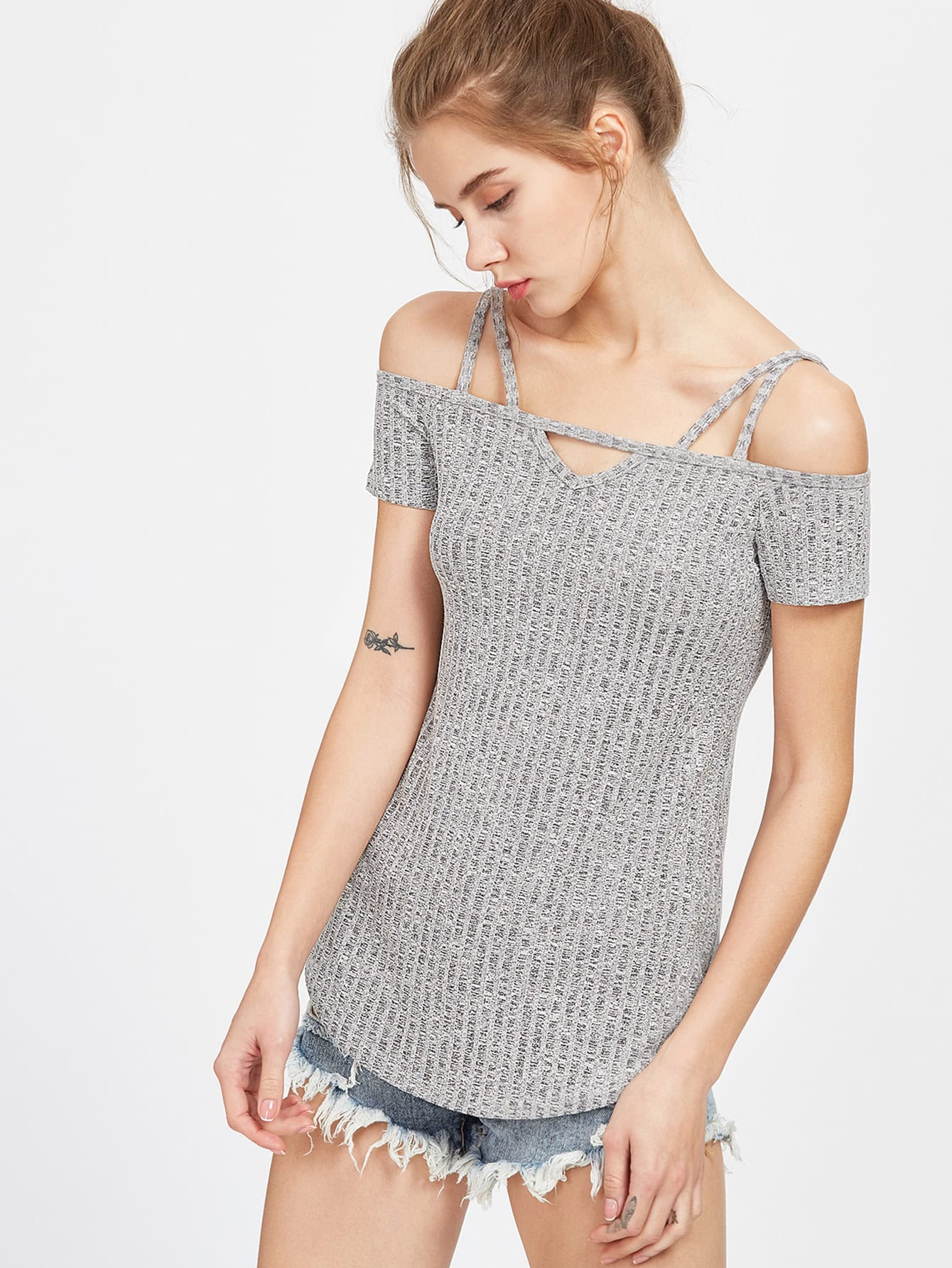 Фото Space Dye Cutout Cold Shoulder Curved T-shirt. Купить с доставкой
