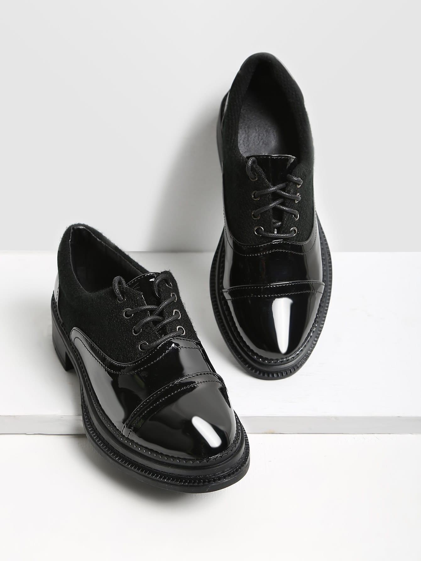 Фото Lace Up Patent Leather Brogue Shoes. Купить с доставкой