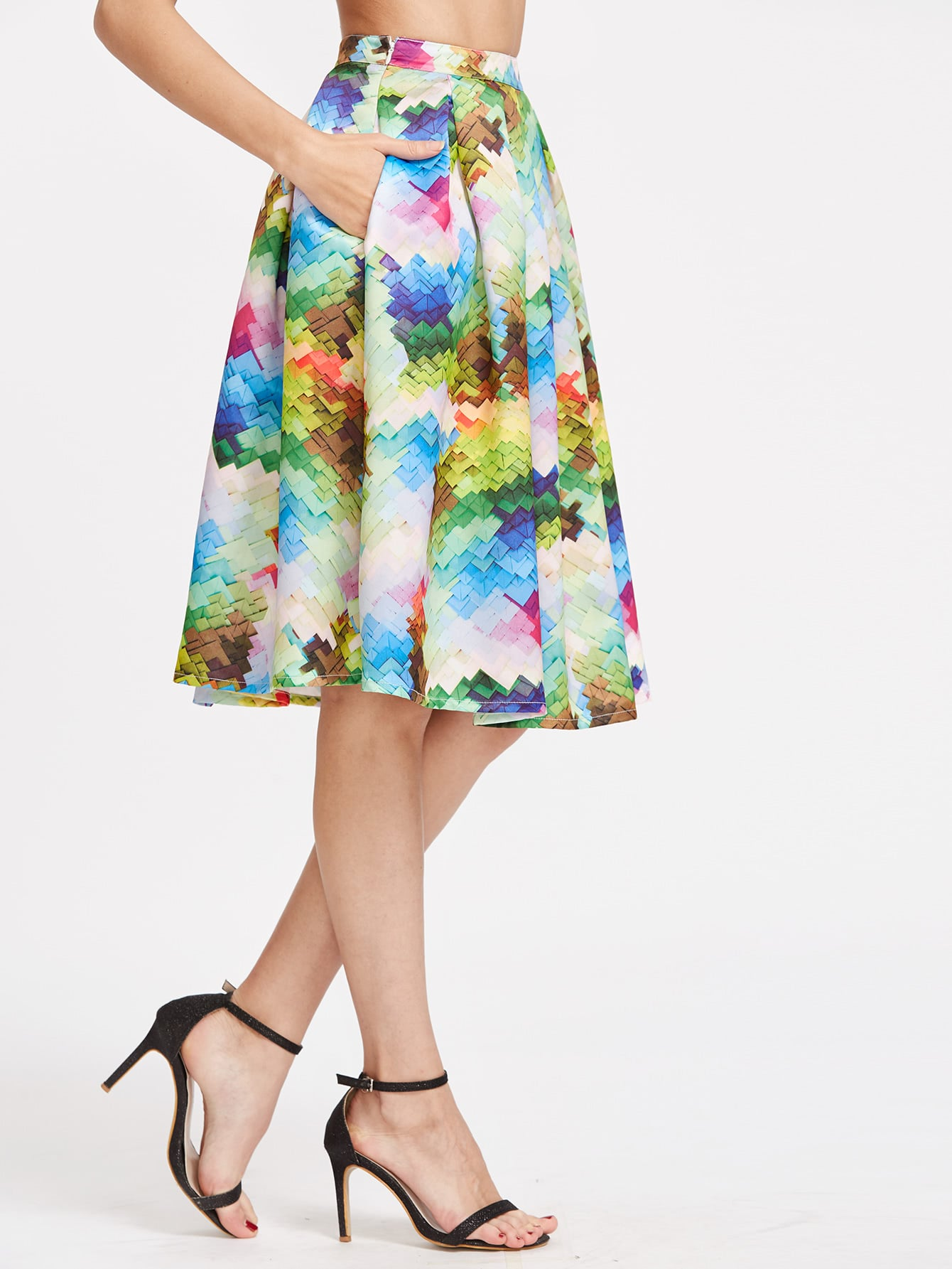 Фото Graphic Printed Box Pleated Midi Skirt. Купить с доставкой