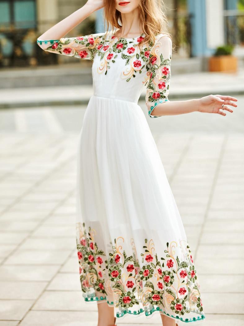 Фото White Gauze Flowers Embroidered Dress. Купить с доставкой