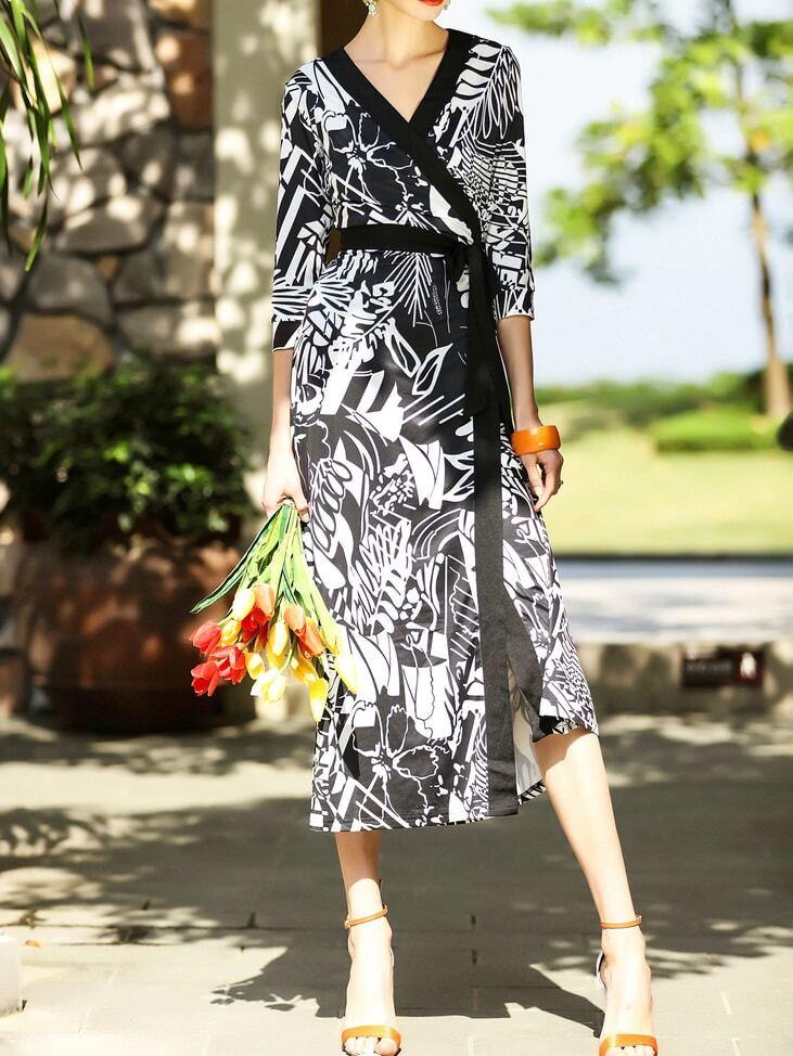 Фото Black V Neck Tie-Waist Leaves Print Split Dress. Купить с доставкой