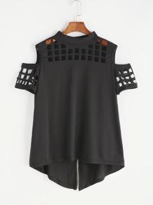 Schulterfreies T-Shirt mit Schlitz