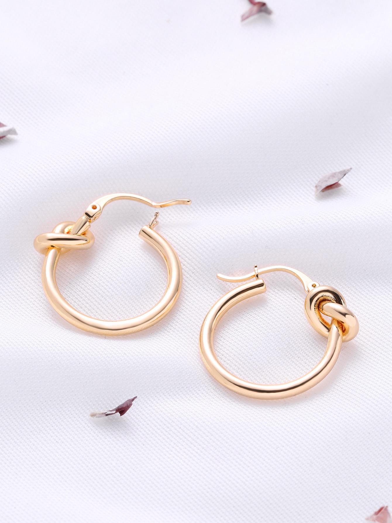 цены Knot Design Hoop Earrings