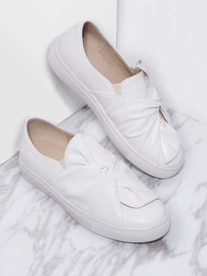 White Twisted Casual PU Flats